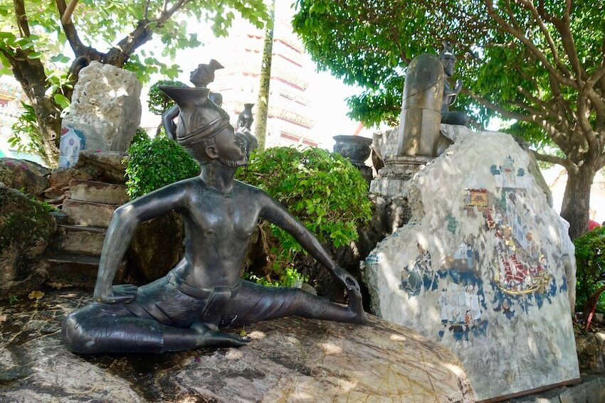 Bidra, Wat Pho i Bangkok
