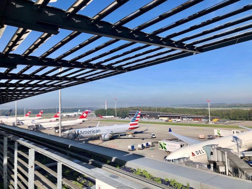 Swiss-First-Class-Lounge-Zurich terminal E_124