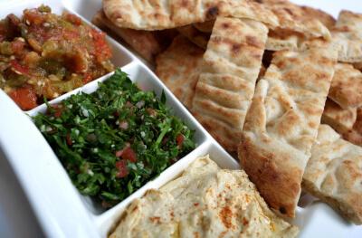 Mezze og arabisk brød