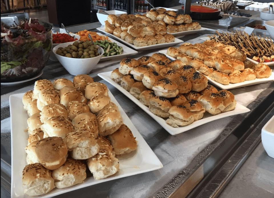 God lunsjbuffet i loungen, Sao Paulo