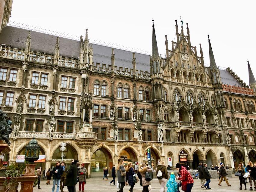 Mareinplatz og rådhuset, Munchen