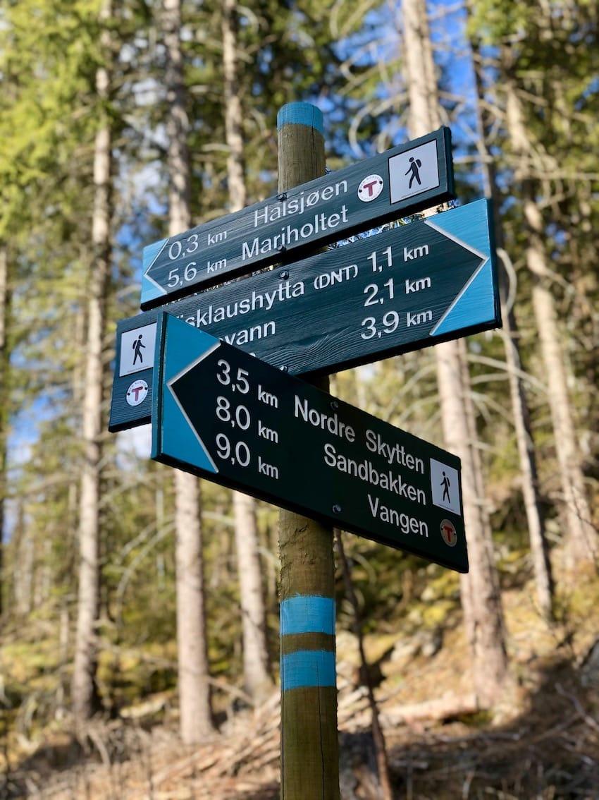 er med sine 361 moh Lørenskogs høyeste